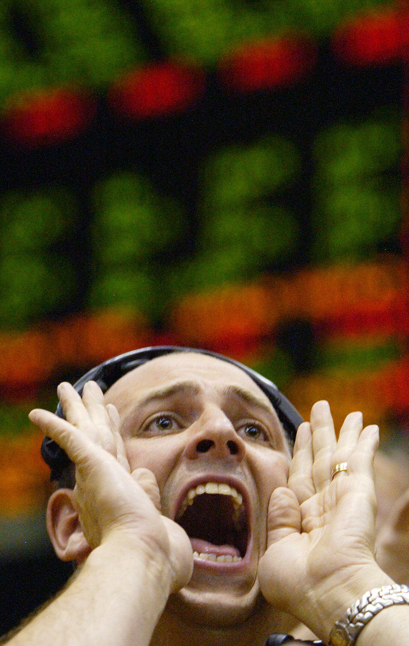 Les marchés avec asymétries d'information fonctionnent mal, et s'ils fonctionnent mal c'est peut être qu'il faut les réguler...