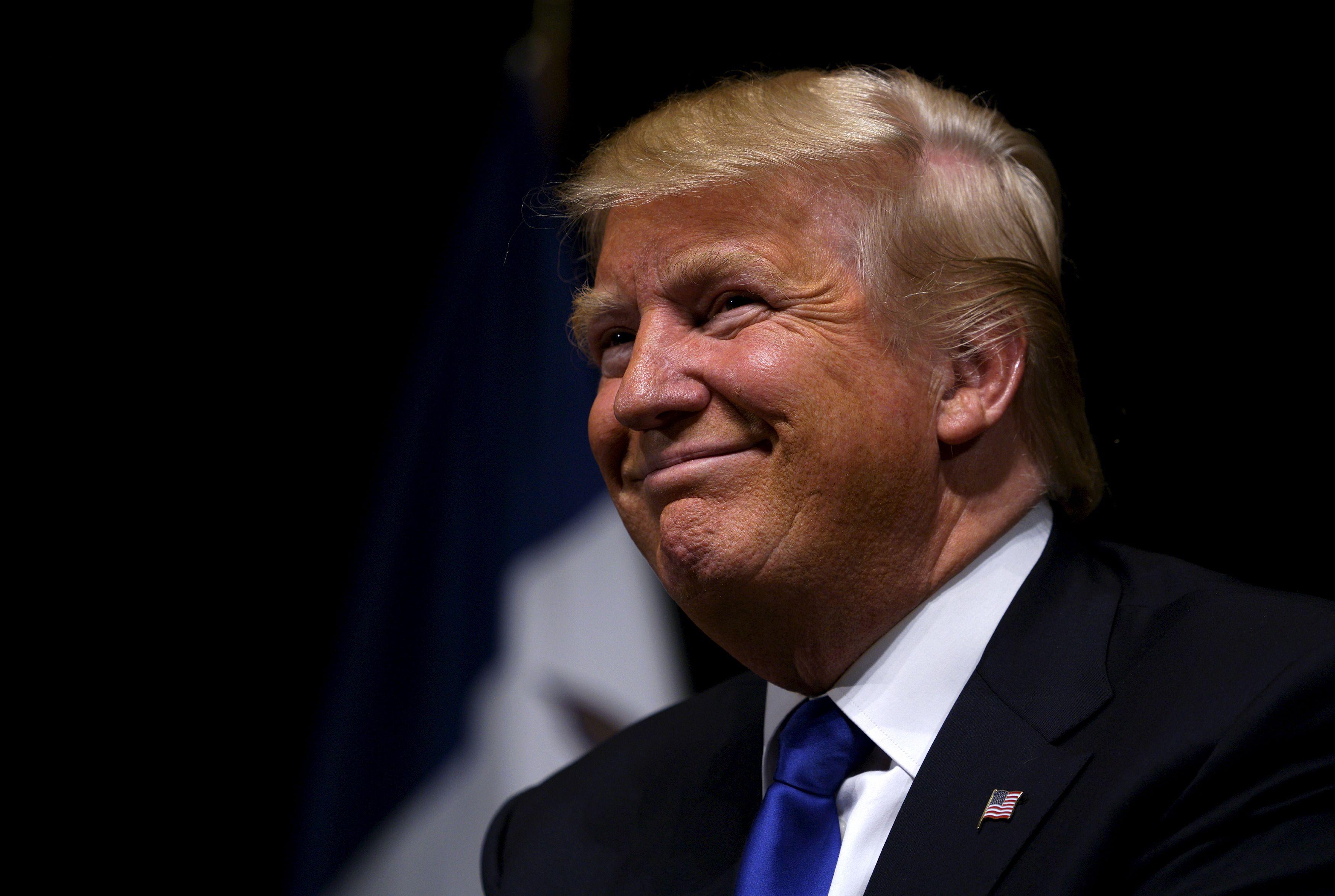 """""""L'Irak, une erreur gravissime"""" : comment Donald Trump bouleverse l'ADN des Républicains en assumant sa rupture avec les néoconservateurs"""