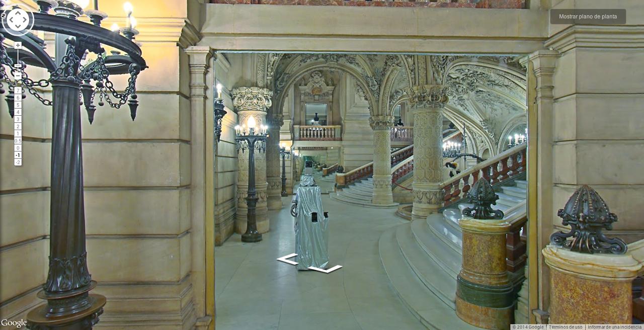 Le robot photographe de Google se promène dans les musées du monde entier.
