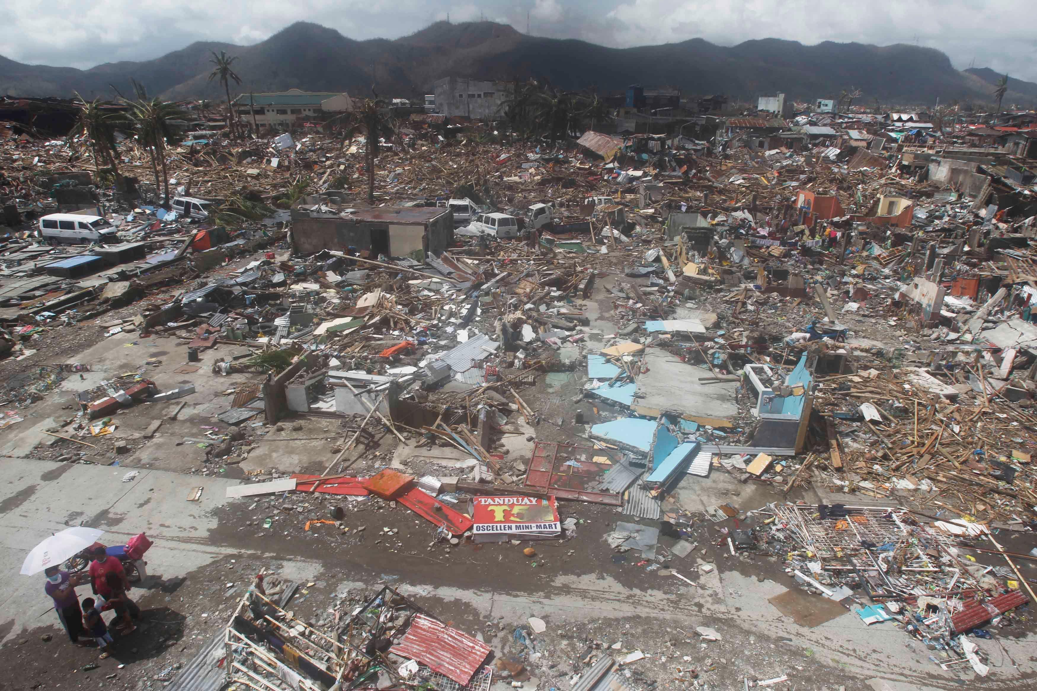Aux Philippines, le typhon a détruit 70 à 80% des régions traversées.
