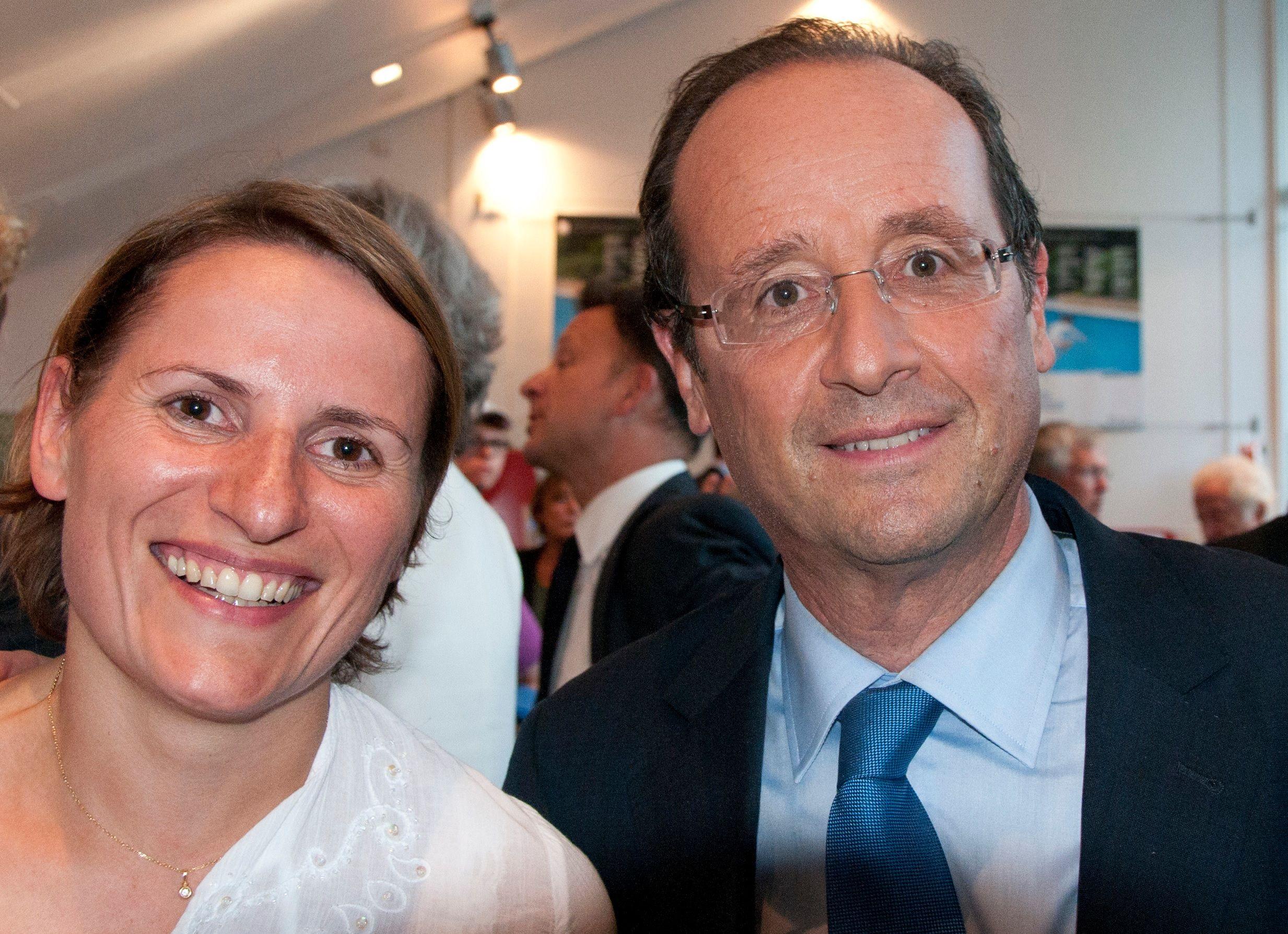 Valérie Rabault, rapporteur général au Budget (g.) avec François Hollande en 2012.