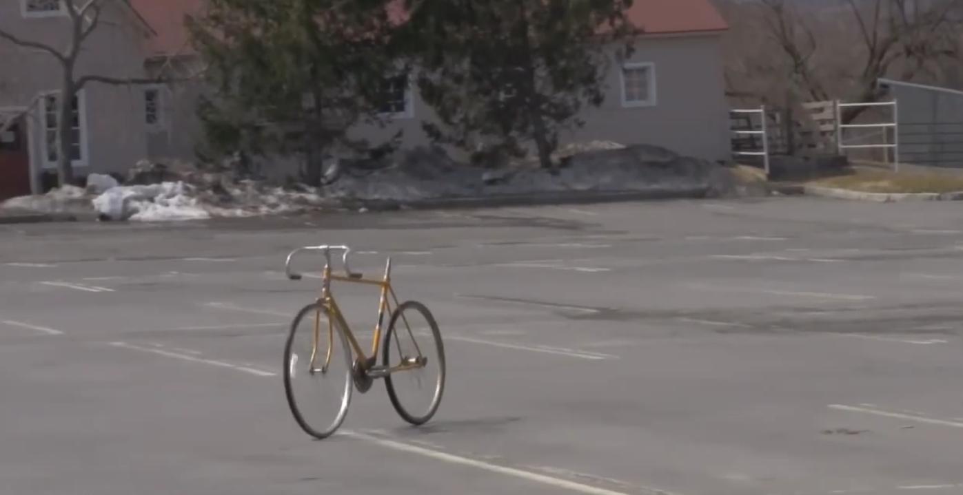 Un vélo peut-il se avancer tout seul?