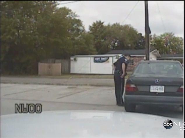 Etats-Unis : la vidéo de la voiture de police montre ce qui s'est vraiment passé avant le meurtre de Walter Scott
