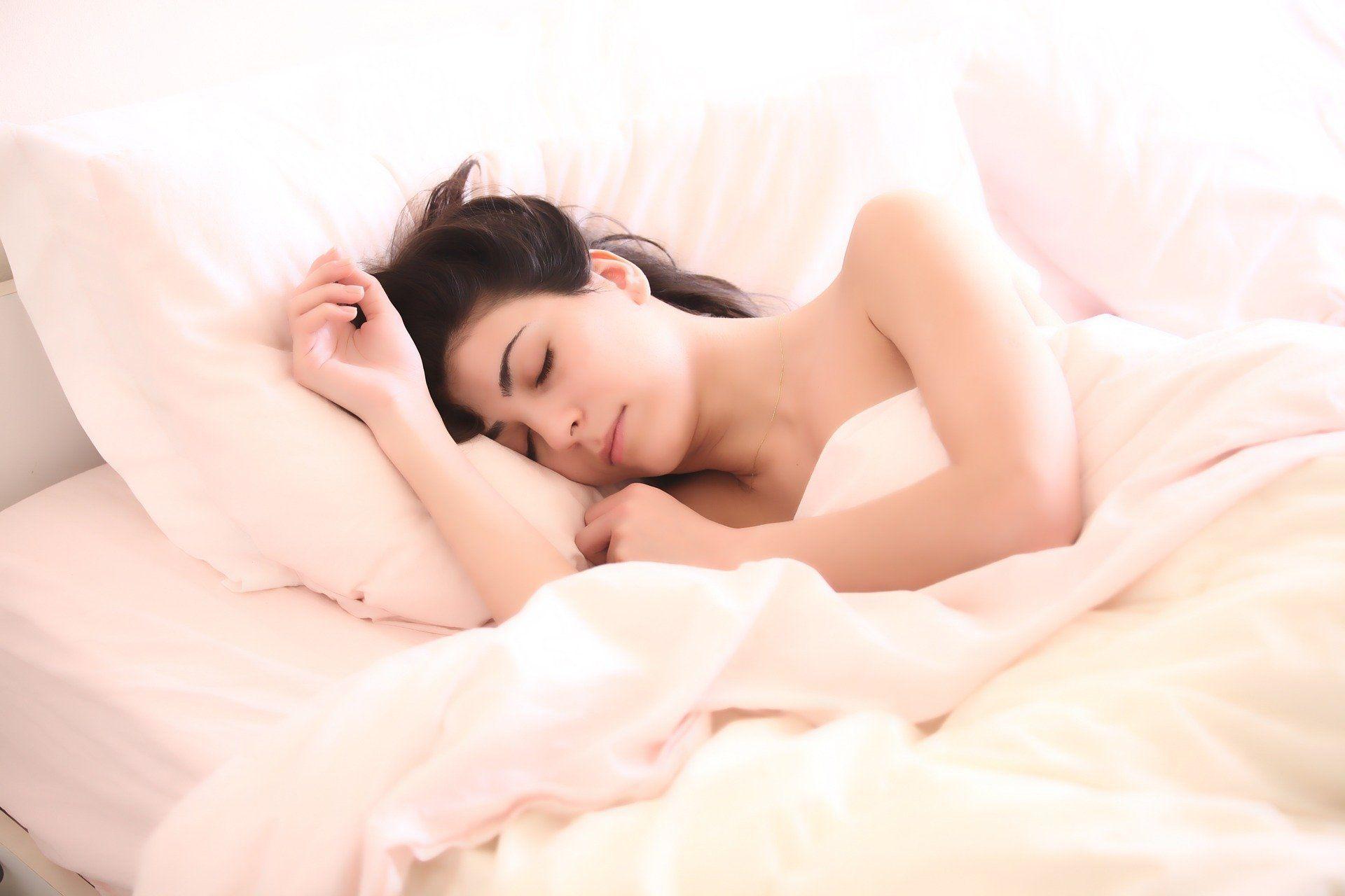 Les crampes peuvent survenir la nuit, quand les muscles se relâchent.