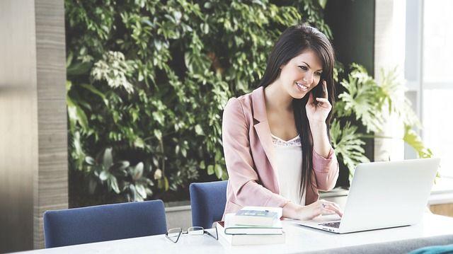 Les emplois les plus satisfaisants aujourd'hui sont ceux qui arrivent à répondre aux deux types de besoin : une technicité distinctive qui permet à la personne de se valoriser, et un environnement qui répond aux besoins sociaux et émotionnels.