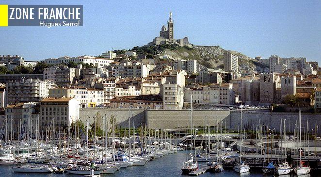 Tourisme low-cost : Jean-Luc Mélenchon fait escale à Marseille