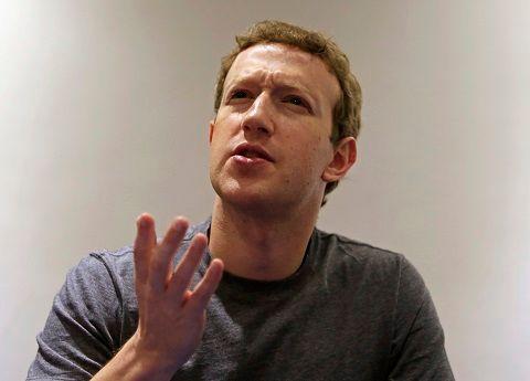 """Mark Zuckerberg promet de """"réparer"""" Facebook en 2018"""